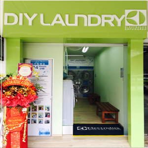 DIY Laundry Outlet In Ghim Moh Link